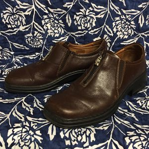 Josef Siebal European Comfort Shoe company for Sale in Eaton Rapids, MI
