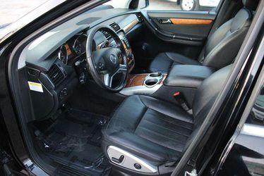 2009 Mercedes-Benz R-Class Thumbnail