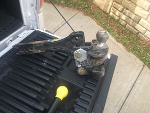 Heavy duty tow hitch for Sale in Pittsburgh, PA