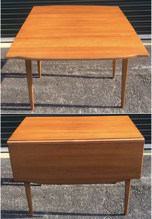 Vintage Maple Provincial Drop Leaf Dining Table for Sale in Milford Mill, MD