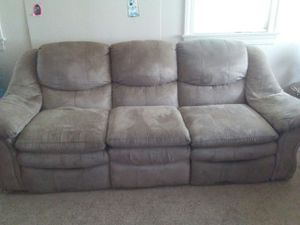 Tan couch with 2 recliners on end for Sale in Blackstone, VA