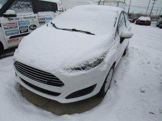 2016 Ford Fiesta Thumbnail