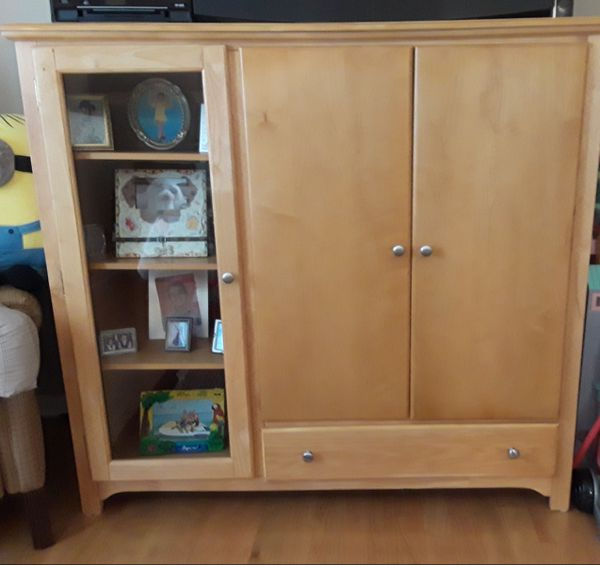 Wardrobe Tv Stand Has Shelves Also