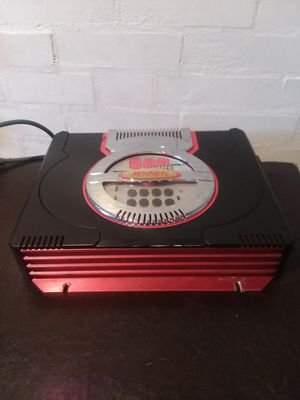 600w amp for Sale in St. Louis, MO