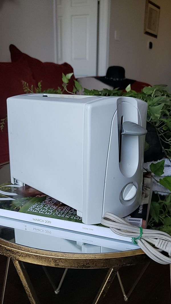 Like New White Toaster 2 Slot For Sale In Austin Tx