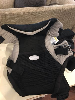 Infintino Baby Carrier (baby facing front or back) for Sale in Chesterfield, VA