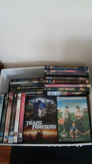 Box of miscellaneous movies for Sale in Columbus, OH