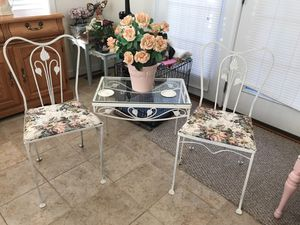 Gorgeous!! Vintage Antique Patio/Sunroom Set for Sale in Gainesville, VA