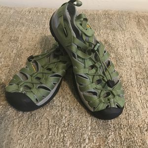 Keen Sandals size 9 for Sale in Falls Church, VA