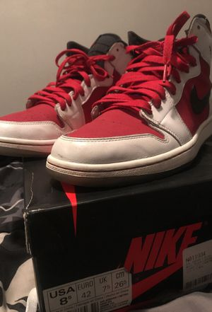 "Jordan ""Carmine"" 1 Size 8.5 for Sale in Denver, CO"