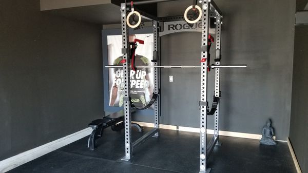 Gym equipment rogue fitness crossfit powerlifting for sale in