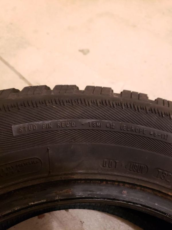 4 Like New 15 Snow Tires With Bags For Sale In Plum Pa