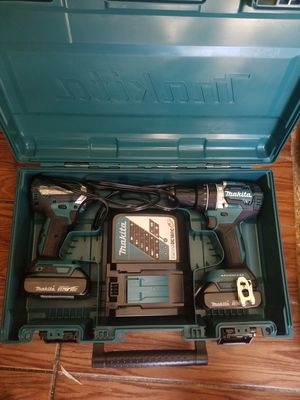 Photo Makita 18-Volt LXT Lithium-Ion Brushless Cordless Hammer Drill and Impact Driver Combo Kit (2-Tool) w/ (2) 2Ah Batteries, Case