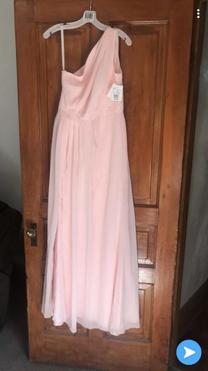 Bridesmaid dresses for Sale in St. Louis, MO