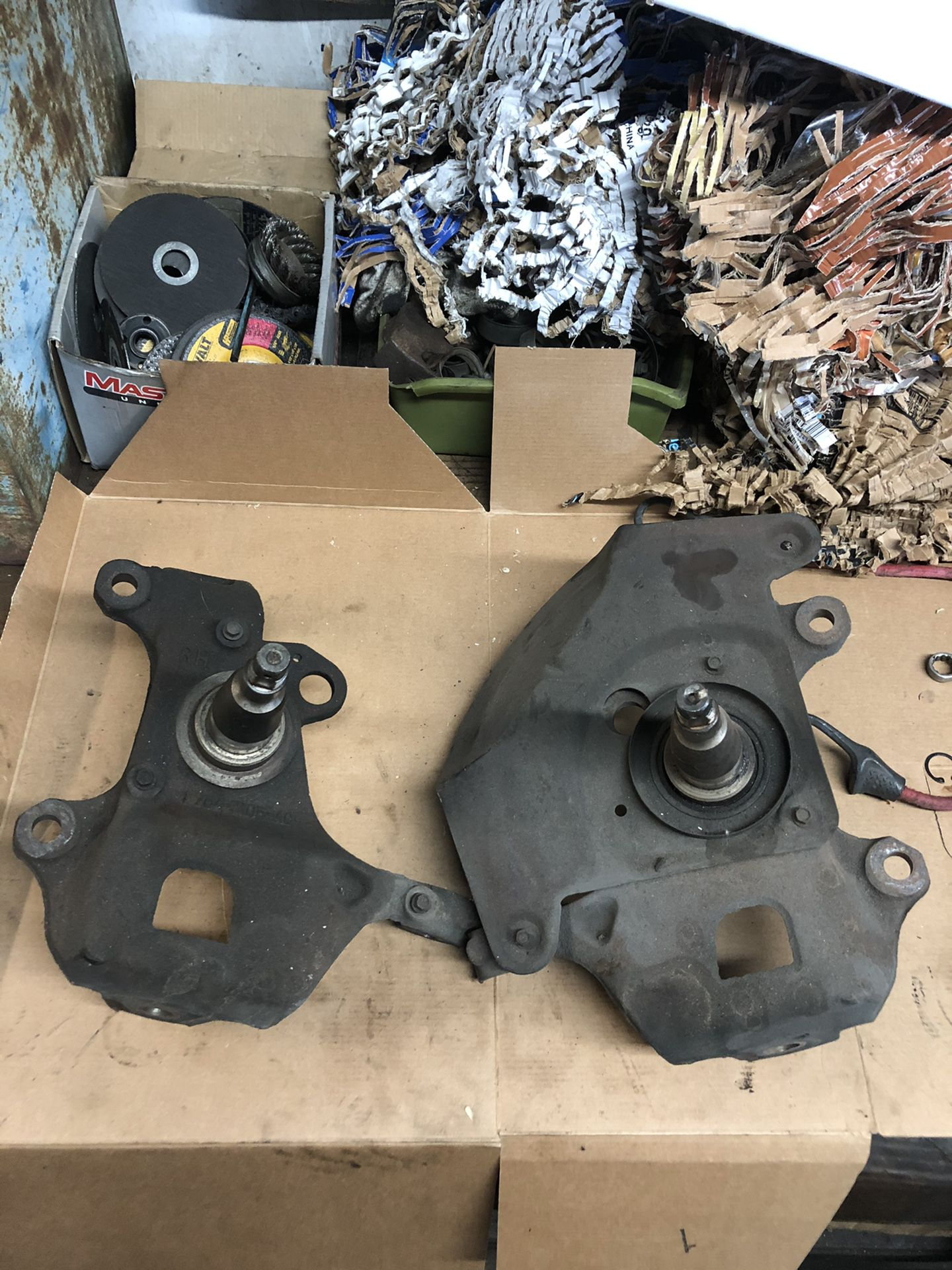 Ford F-150 spindles