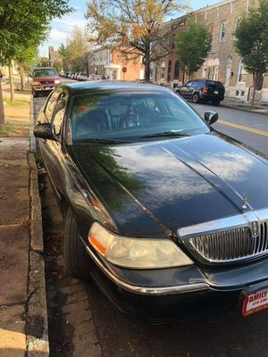Lincoln Towncar for Sale in Baltimore, MD