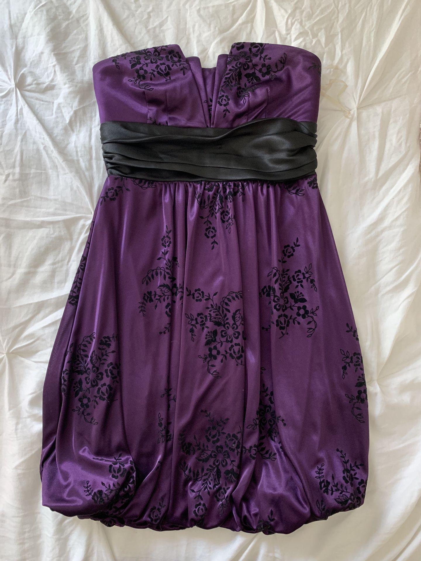 Woman's dresses - Size M