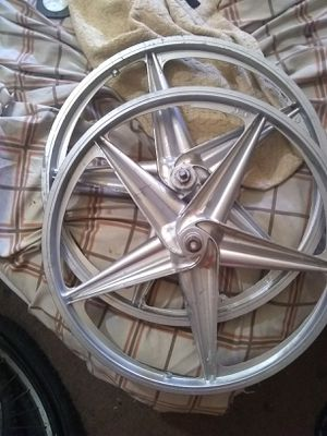 APSE Aluminum mag rims 16.5 for a bike for Sale in Memphis, TN