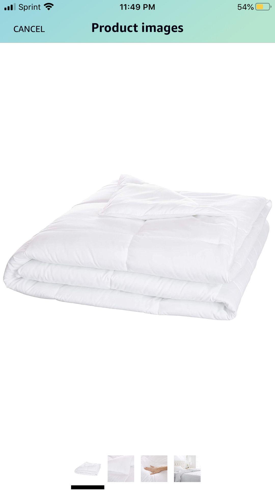 AmazonBasics Conscious Series Down-Alternative Comforter Full or Queen