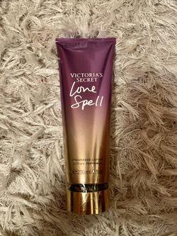 Victoria's Secret Love Spell lotion*brand new* Thumbnail