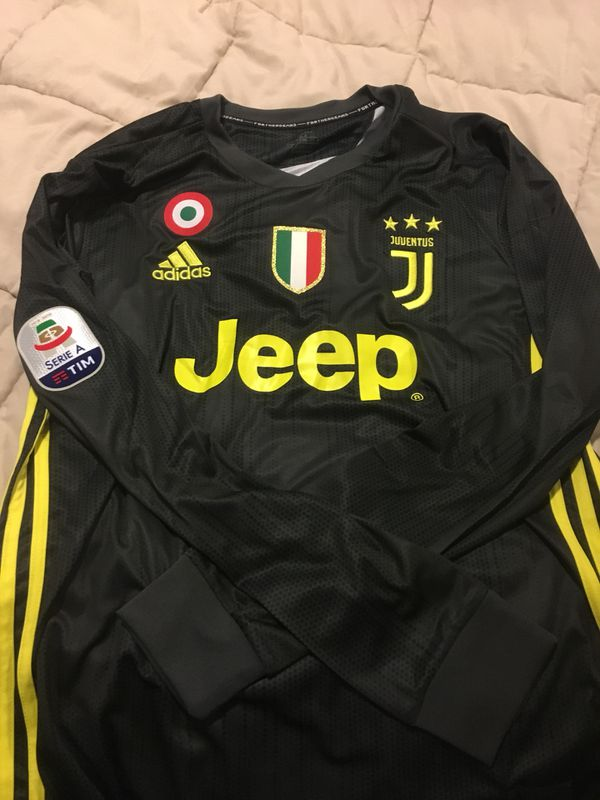 Cristiano Ronaldo  7 long sleeve jersey for Sale in Charlotte 618e95ed3