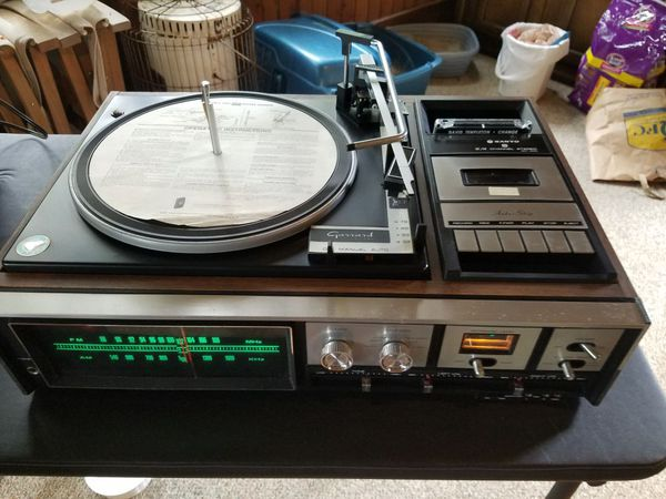 Vintage Sanyo 2/4 Channel Stereo Receiver with Garrard 6300 Turntable and  Cassette Player all in one for Sale in University Place, WA - OfferUp