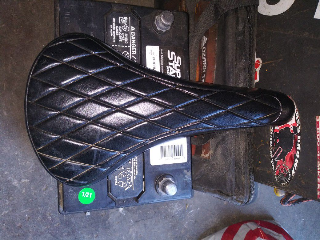 VINTAGE BLACK DIAMOND BMX BIKE SEAT