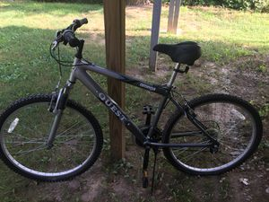 Mountain bike for Sale in Silver Spring, MD