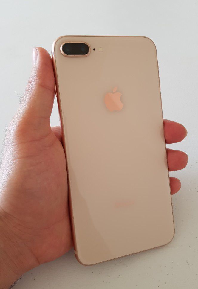iPhone 8 Plus 64GB unlocked Like New Condition |With Cable Charger