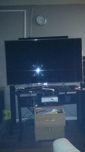 60 in samsung smart tv for Sale in Las Vegas, NV