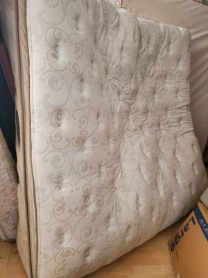 Photo Simmons Beautyrest king pillowtop mattress