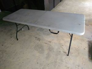 Good and reliable White Folding Table for Sale in Detroit, MI