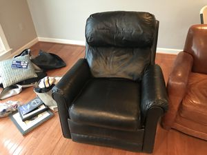 Black Leather Recliner for Sale in North Potomac, MD