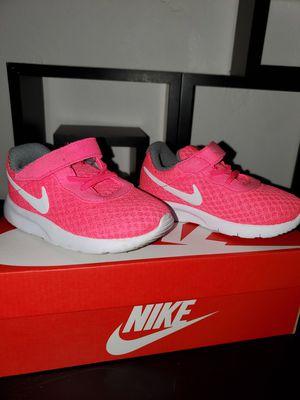 Photo Toddler Girls Nikes Size 7c