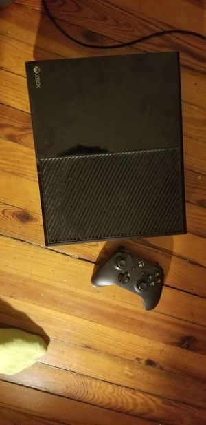 Xbox1 have all cords an 1 controller the game i had broke for Sale in Baltimore, MD