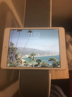 """I pad mini 2"" iCloud locked for Sale in Washington, DC"