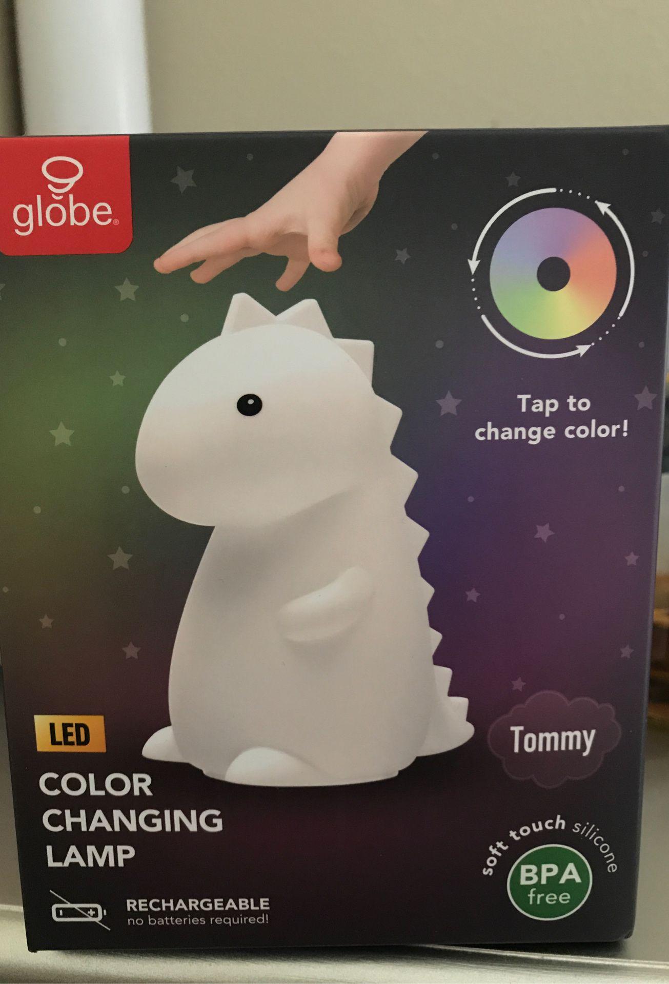 Tommy (dinosaur) led night light