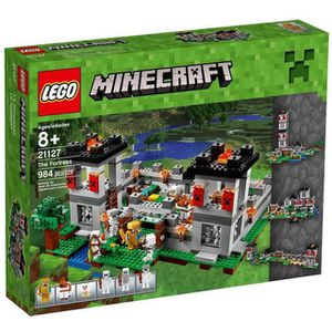 Lego Minecraft - The Fortress 21127 for Sale in New Baltimore, MI