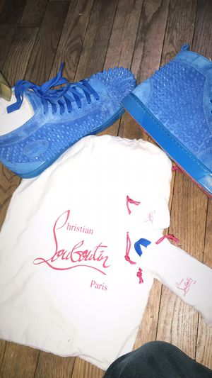 Christian louboutins red bottoms size 42(fit 9-9.5) for Sale in Washington, DC