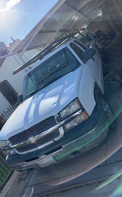 2004 Chevrolet Silverado 1500 Thumbnail