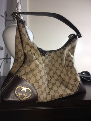 a0fa9172775 New and Used Gucci tote for Sale in Lowell