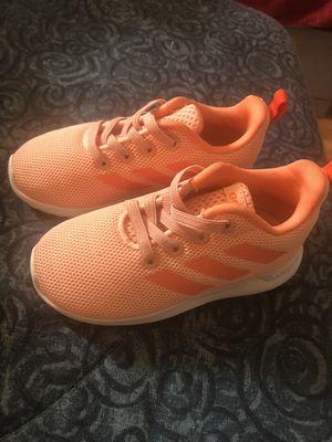 Photo Little girls adidas size 7