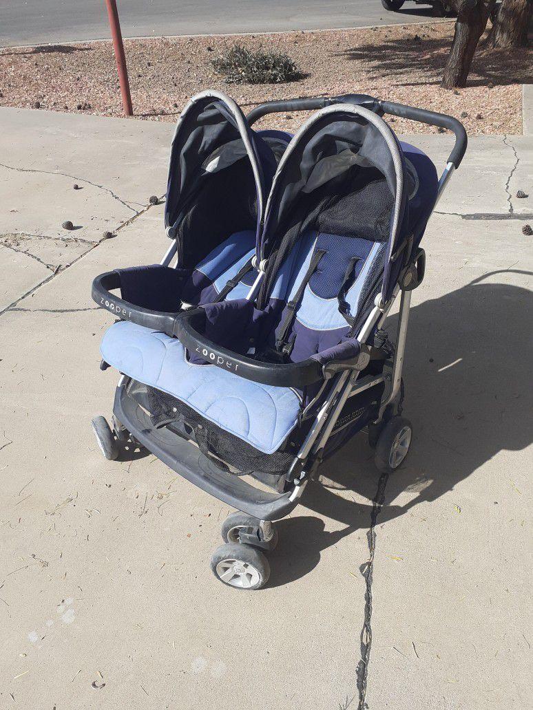 Dobble Stroller