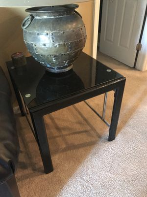 Set of 2 glass end tables for Sale in Haines City, FL