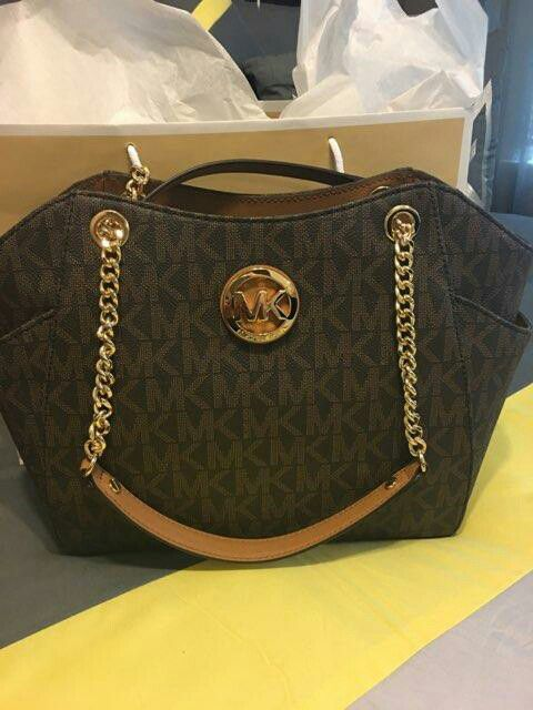 2eae2b5569 New Authentic Michael Kors Handbag (Jewelry   Accessories) in Lakewood