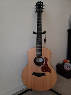 Taylor acoustic guitar for Sale in Saint Cloud, FL