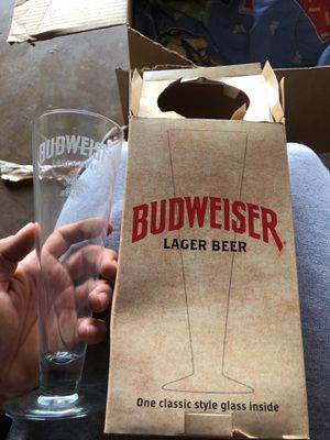 Traditional style brand new Pilsner Budweiser collectible pint glass for Sale in Tempe, AZ