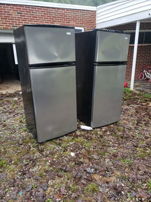 Fridge gas stove dishwasher microwave for Sale in Cumberland, VA