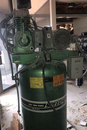 Photo Speedaire large air compressor