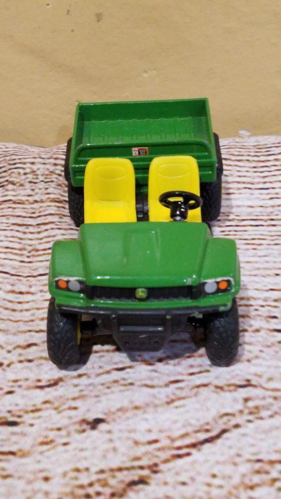 @CHV JOHN  DEERE GATOR  TOY CAR. #34